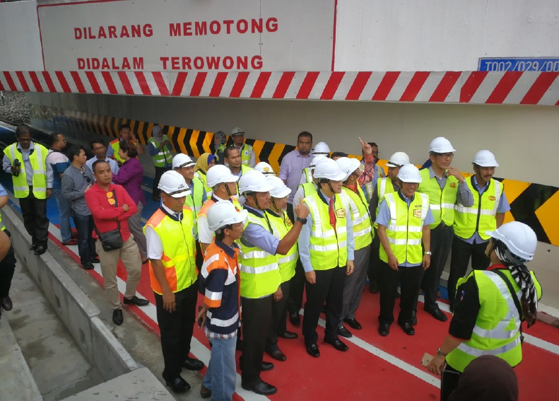 Roadcare Improves Motorcycle Lane in Federal Highway