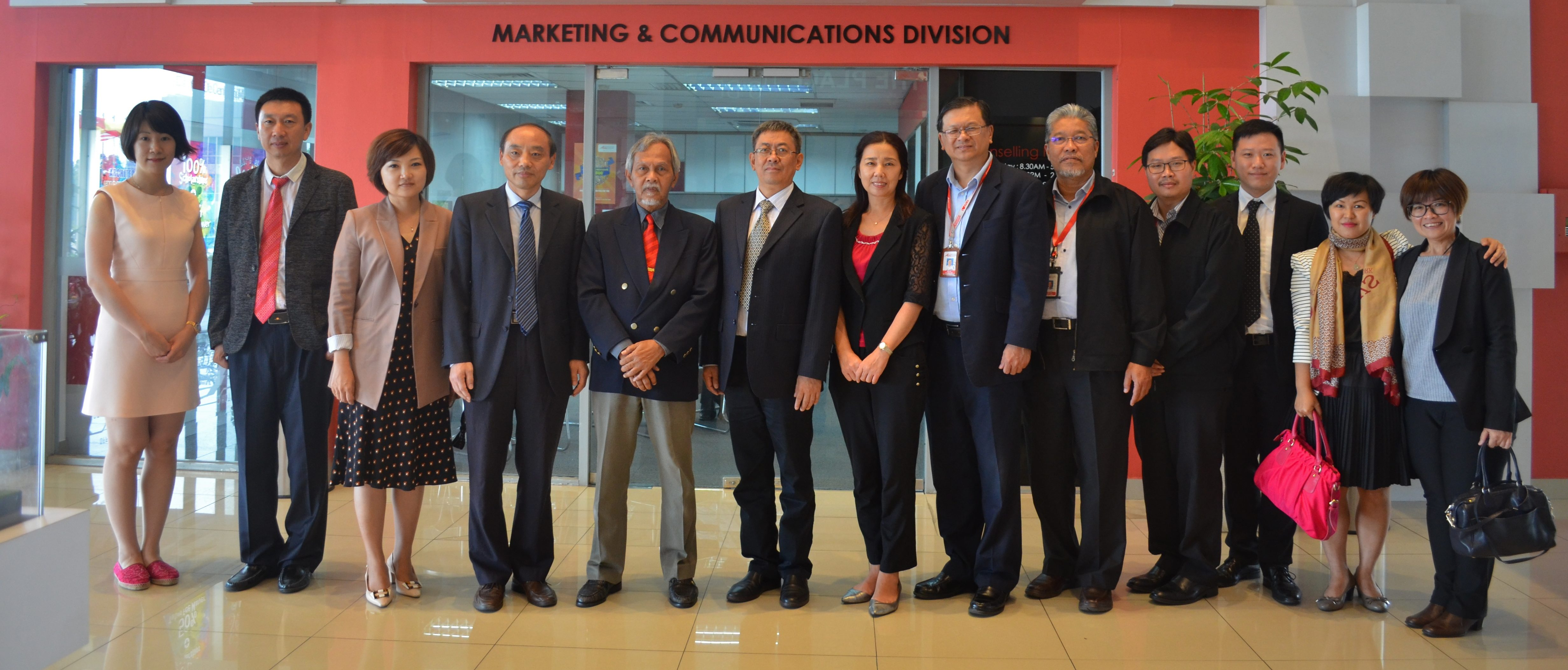 Visit from Nanjing Institute of Railway Technology, China
